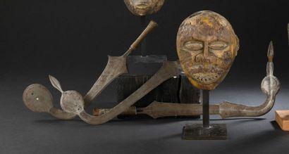 Trois épées d'apparat Yakoma Nigeria/Burkina...