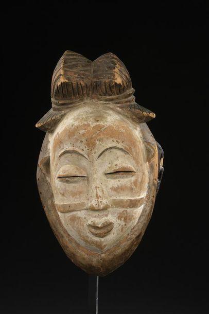 Masque Tsanghi Gabon H. 29 cm Provenance...