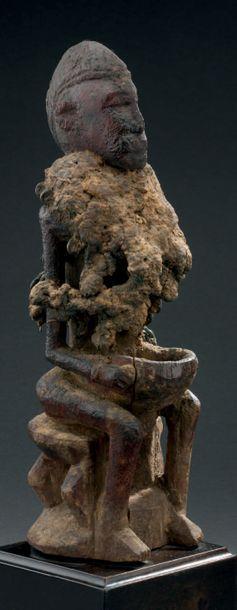 Statue Dogon - MALI Bois, matières sacrifielles,...
