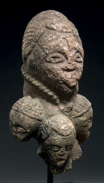 Statue tricéphale Pomdo, Kissi - SIERRA LEONE...