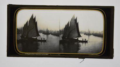 Marine en stéréoscopie sur verre par Ferrier et Soulier, vers 1860 5 plaques stéréoscopiques...