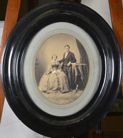Grands portraits du Second Empire Suite de 7 Tirages albuminé, portraits (couple,...