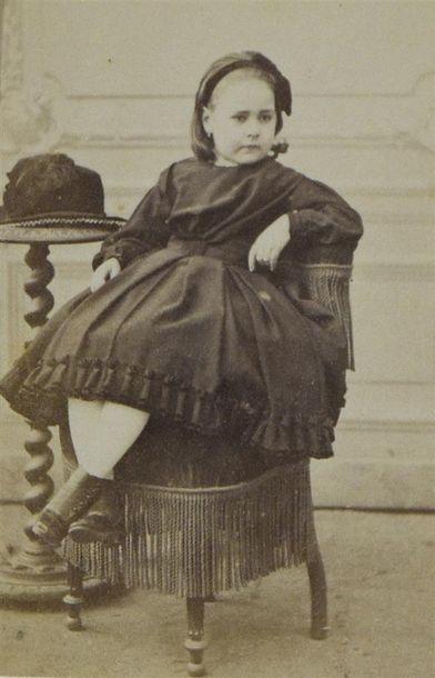 NADAR, Félix TOURNACHON (1820-1910) Portraits, 1865-1890 Réunion de deux albums regroupant...
