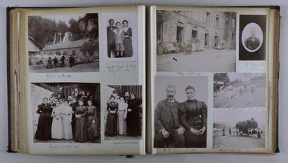 Bel album de famille de la fin du XIXe siècle Composé de 115 épreuves, la plupart...