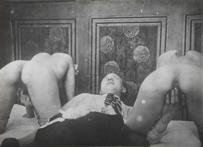 Curiosa, vers 1925 Intéressant ensemble composé...