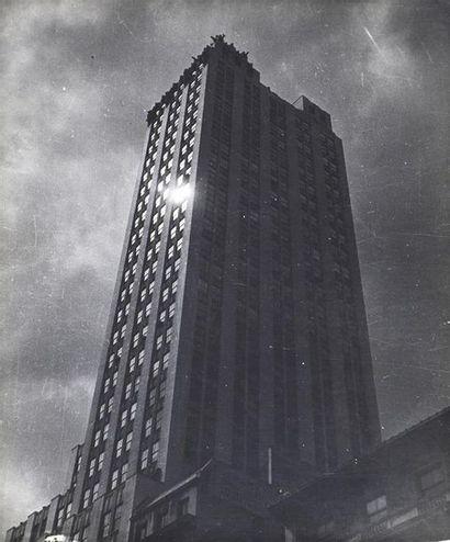 Roger Parry (1905-1977) New York, 1945 Ensemble de 3 tirages argentiques d'époque...