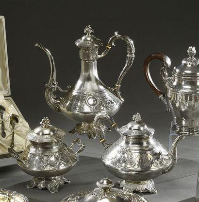 Important service à thé et café en argent...