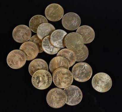 ETATS-UNIS Lot de vingt-cinq pièces en or...