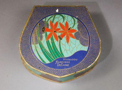 Vivaudou - «Narcisse» - (années 1920)  Superbe coffret en carton gainé de papier...