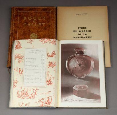 Roger & Gallet - (années 1910)  Lot comprenant un livre d'or signé Roger & Gallet,...