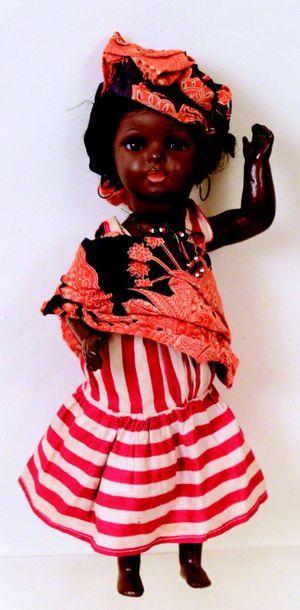 Bébé mulâtre en composition de la SFBJ;...