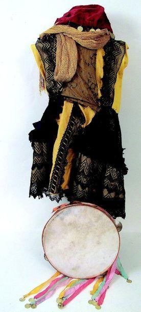 Déguisement d'Espagnole avec robe, tambourin,...