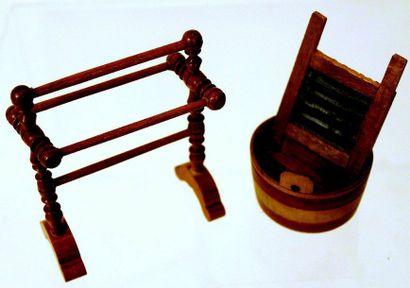 Cuve à linge en bois avec grattoir à linge...
