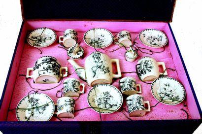 Service à thé en Faïence de Sarreguemines,...