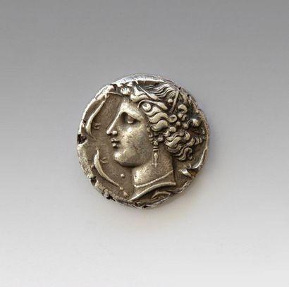 ENTELLA Tetradrachme Avers : Tête de Persephone...