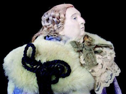 Extraordinaire Figure artistique en papier maché représentant Louis XVI se tenant...