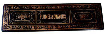 Plumier en composition noir avec l'inscription...