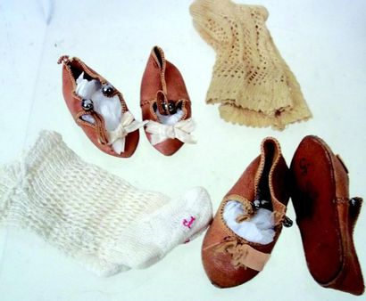 Une paire de souliers ALART Talle 7 avec...