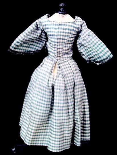 -Antique long dress of doll with pagoda sleeves For 45 cm Some small moth holes