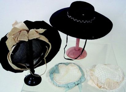 -Two very nice antique bonnets with lace and favor for tall parisian doll.diamter...