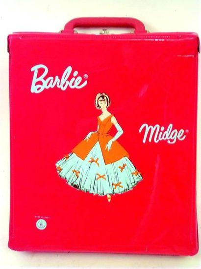 -Malette rouge en PVC de poupée BARBIE avec lot de vêtements incomplets et divers...