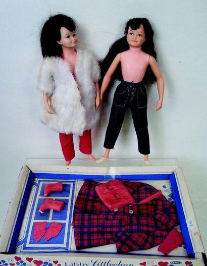 -Deux poupées «Libby», la petite sœur, en...