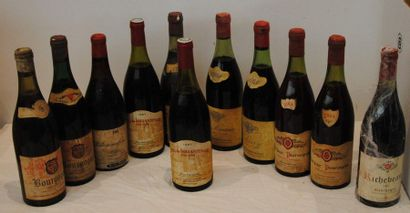 11 bout BOURGOGNES DIVERS : 1 VOLNAY 1964...