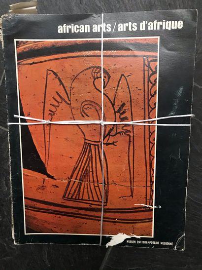 13 numéros d'African arts de 1968, 1972,...