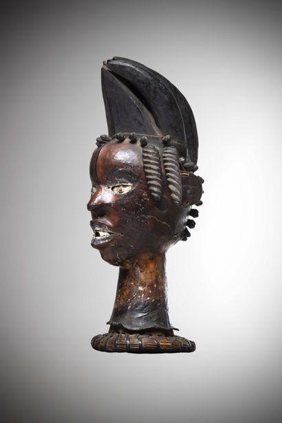 EKOÏ / EJAGHAM (Nigéria / Cameroun)  Très ancien CIMIER de danse en bois recouvert...
