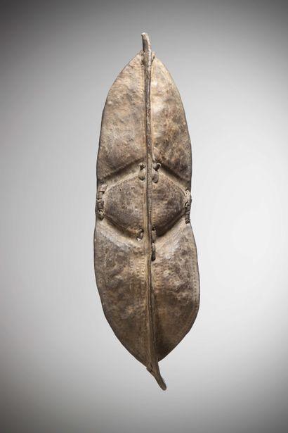 KONSO (Ethiopie)  Rare BOUCLIER en cuir de...