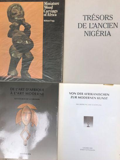Quatre ouvrages : De l'Art d'Afrique à l'Art...