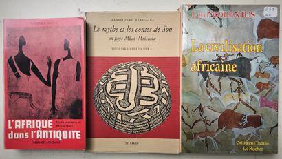 Three books: La civilisation africaine Léo Frobénius, l'Afrique dans l'Antiquité...