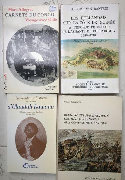 Quatre ouvrages : Carnets du Congo M. Allégret;...