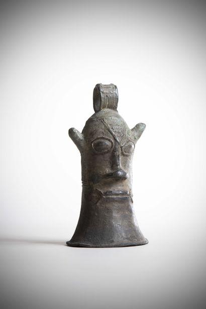 BAS NIGER (Nigéria)  CLOCHE en bronze en...