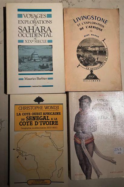 Quatre ouvrages : Voyage au Sahara occidental...