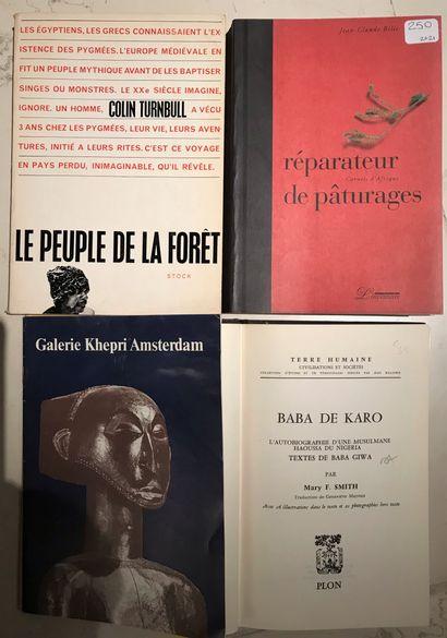 Trois ouvrages et deux fascicules : Le peuple...