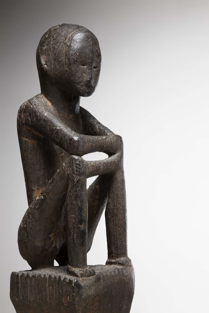 """PHILIPPINES Ifugao  Important masculine """"Bulul"""" STATUS in heavy wood with a patina...."""