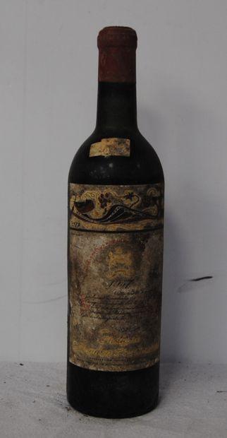 1 bout CHT MOUTON ROTHSCHILD 1957 (bg, étiquette...