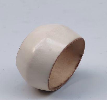 BRACELET out of ivory, Kabyé, Togo, of oval...
