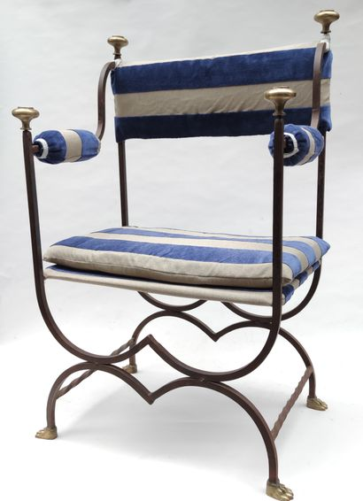 Wrought-iron FAUTEUIL in the shape of a...