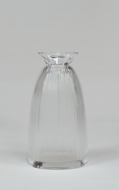 LALIQUE edition Bottle without stopper or...