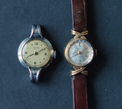 Two Ladies' WRISTWATCHES in metal from Universal...