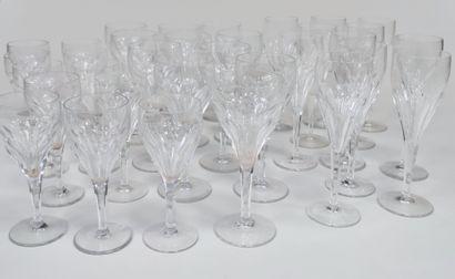 VILLEROY et BOSCH Partie de SERVICE de verres...