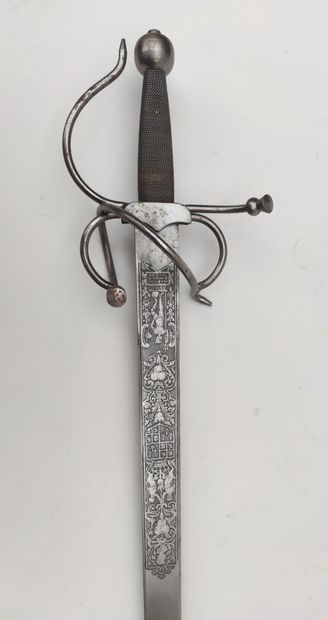 Decorative EPEE, the blade engraved in the...