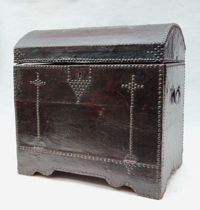 Wooden travel case with brown studded leather...