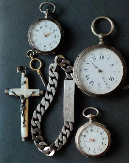 LOT en argent, 3 montres de gousset et pendentif,...