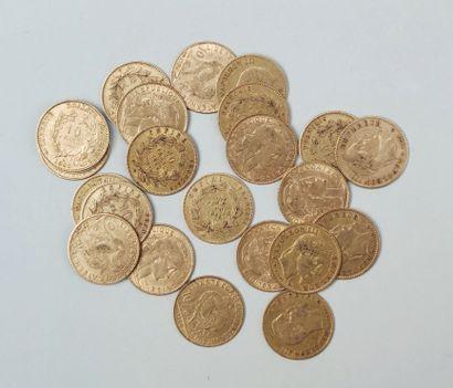 23 pièces de 10 francs or France, : Poids 73.5 g FRAIS DE VENTE POUR CE LOT : 10...