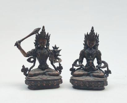Deux EPREUVES en bronze patiné représentant...