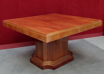 TABLE en bois de placage à pied central...