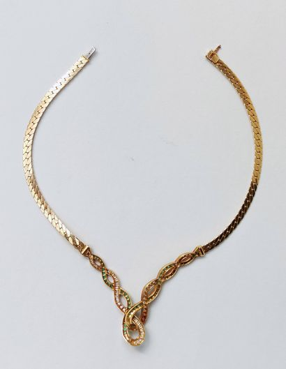 Necklace in yellow gold 750 °/00 with a falling interlace pattern, decorated with...